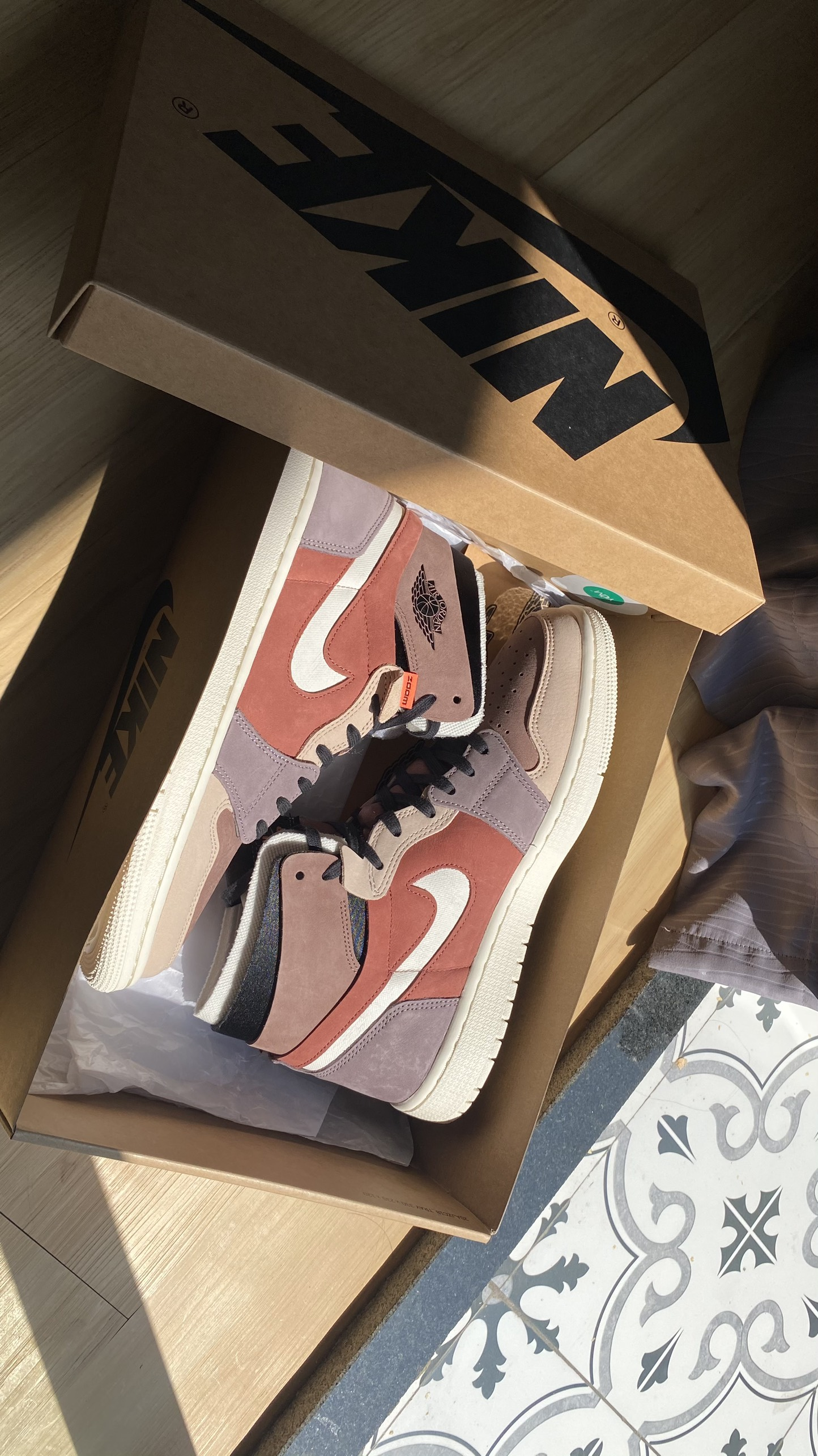 WMNS AIR JORDAN 1 HIGH ZOOM CANYON RUST CT0979-602 | VAGO24H